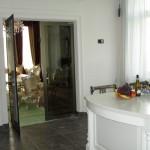 Скляні розпашні двері (3)