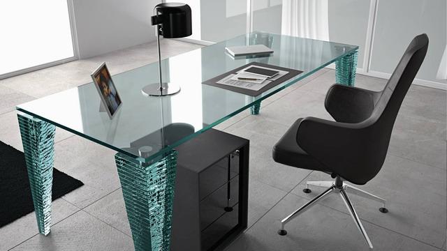 Скляні столи
